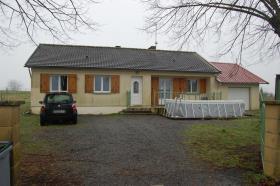 Image No.0-Bungalow de 3 chambres à vendre à Saint-Priest-la-Feuille