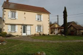 Image No.0-Maison de 3 chambres à vendre à Saint-Étienne-de-Fursac