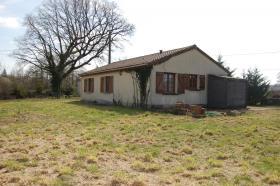 Image No.2-Bungalow de 3 chambres à vendre à Saint-Léger-Magnazeix