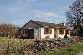Image No.7-Bungalow de 3 chambres à vendre à Saint-Léger-Magnazeix