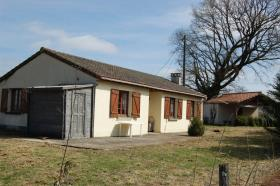 Image No.0-Bungalow de 3 chambres à vendre à Saint-Léger-Magnazeix