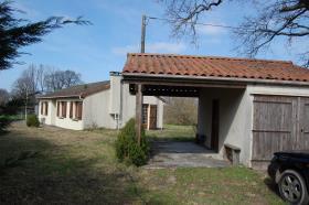 Image No.4-Bungalow de 3 chambres à vendre à Saint-Léger-Magnazeix
