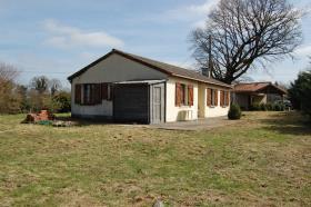 Image No.1-Bungalow de 3 chambres à vendre à Saint-Léger-Magnazeix