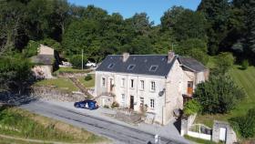 Image No.0-Maison de 8 chambres à vendre à Bersac-sur-Rivalier