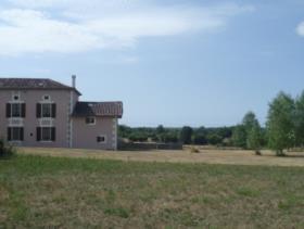 Image No.17-Propriété de pays de 4 chambres à vendre à Massignac