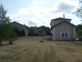 Image No.20-Propriété de pays de 4 chambres à vendre à Massignac
