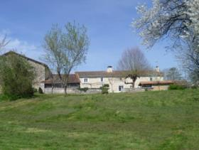 Image No.2-5 Bed Country Property for sale