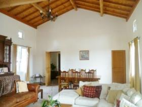 Image No.6-3 Bed Country Property for sale