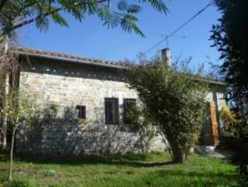 Roumazières-Loubert, Cottage