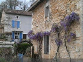 Image No.1-6 Bed Village House for sale