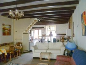 Image No.3-6 Bed Village House for sale