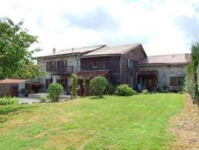 Chabanais, Cottage