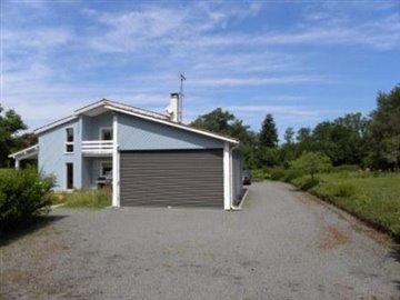 Cour-garage