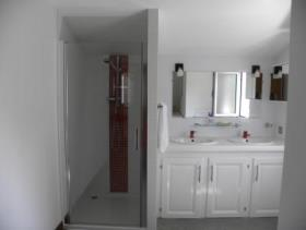 Image No.24-5 Bed House for sale