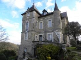 Image No.1-9 Bed Chateaux for sale
