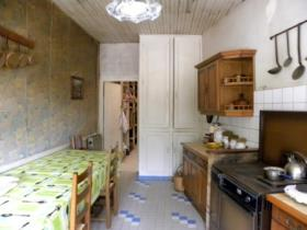 Image No.8-3 Bed Village House for sale