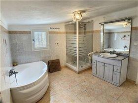 Image No.10-Propriété de 5 chambres à vendre à Maureillas-las-Illas