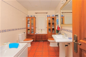 Image No.5-4 Bed Finca for sale