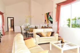 Image No.2-Villa / Détaché de 4 chambres à vendre à Triquivijate