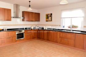 Image No.4-Villa / Détaché de 4 chambres à vendre à Triquivijate