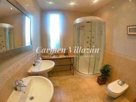Image No.10-Villa / Détaché de 4 chambres à vendre à Triquivijate