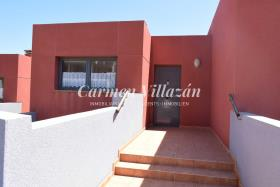 Image No.15-3 Bed Townhouse for sale
