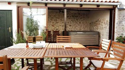 zlarin property house sale kamena kuca prodaja nekretnine properties 2