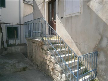 trogir-centar-kamena-kuca-prodaja-nekretnine-center-stone-house-sale-property-estate-3-a