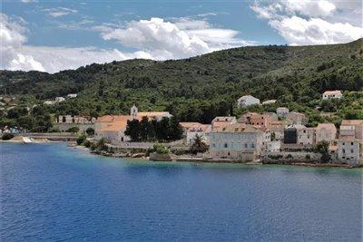 vis-otok-grad-gradjevinsko-zemljiste-gradjevinska-zemljista-prodaja-nekretnine-building-plot-sale-real-estate-croatia-vis-2