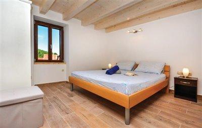 hvar-vrbanj-house-villa-pool-sale-property-stone-croatia-real-estate-kamena-kuca-vila-prodja-bazen-nekretnine-4-d