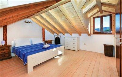 hvar-vrbanj-house-villa-pool-sale-property-stone-croatia-real-estate-kamena-kuca-vila-prodja-bazen-nekretnine-5-a
