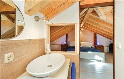 hvar-vrbanj-house-villa-pool-sale-property-stone-croatia-real-estate-kamena-kuca-vila-prodja-bazen-nekretnine-5-b