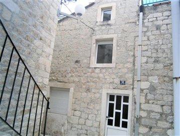 kastel-novi-kastela-kuca-prodaja-nekretnine-house-sale-property-croatia-real-estate-1-a