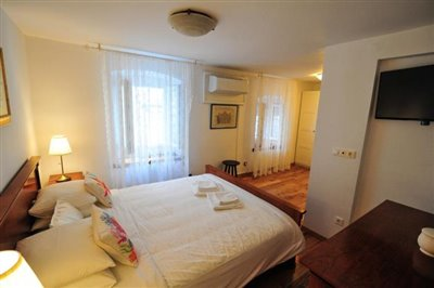 korcula-grad-kamena-kuca-kuce-prodaja-nekretnine-town-korcula-house-villa-stone-sale-property-croatia-estate-4-c---kopija