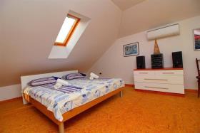 Image No.12-Villa de 4 chambres à vendre à Orebic