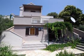 Image No.2-Appartement de 3 chambres à vendre à Bol