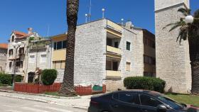 Image No.1-Appartement de 2 chambres à vendre à Trogir
