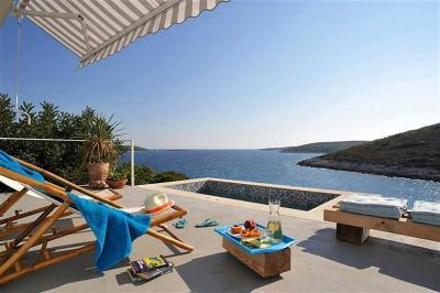 2-vis-island-otok-villa-pool-sale-property-estate-croatia-vila-s-bazenom-kuca-vile-vis-prodaja-nekretnine-3-b