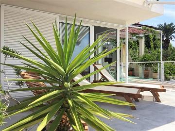 vis-island-otok-villa-pool-sale-property-estate-croatia-vila-s-bazenom-kuca-vile-vis-prodaja-nekretnine-2-b