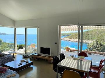 vis-island-otok-villa-pool-sale-property-estate-croatia-vila-s-bazenom-kuca-vile-vis-prodaja-nekretnine-2-cb