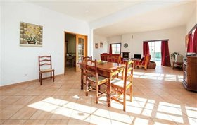 Image No.1-Maison de 3 chambres à vendre à Estói
