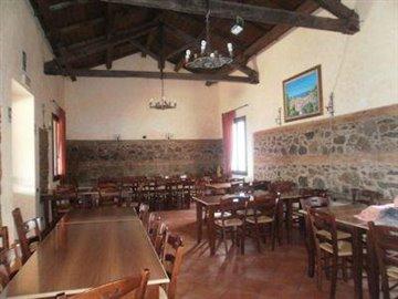 lagoagri02ABrestaurant2