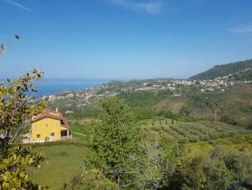 Image No.1-Maison de 2 chambres à vendre à Belvedere Marittimo