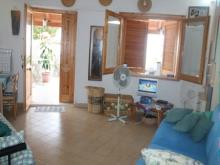 Image No.1-Maison de 2 chambres à vendre à Falconara Albanese