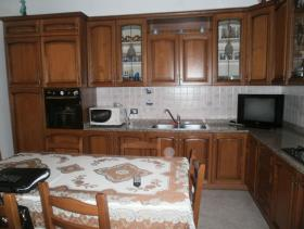 Image No.2-Maison de campagne de 3 chambres à vendre à Gizzeria