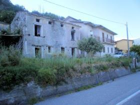 Image No.2-Maison de 4 chambres à vendre à Lago