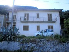 Image No.1-Maison de 4 chambres à vendre à Lago