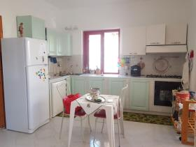 Image No.2-Appartement de 3 chambres à vendre à Fiumefreddo Bruzio