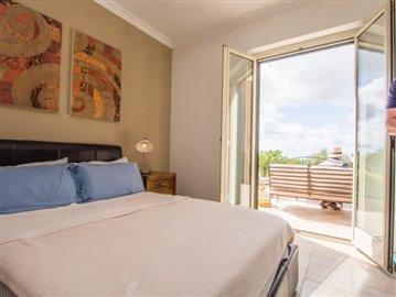 29--Casale-Di-Capo-Vatiano-Apartment-7---front-bedroom