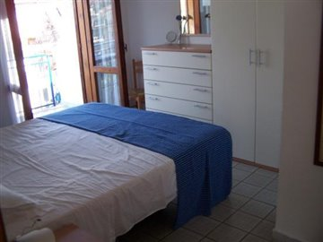 Double-Bedroom-2